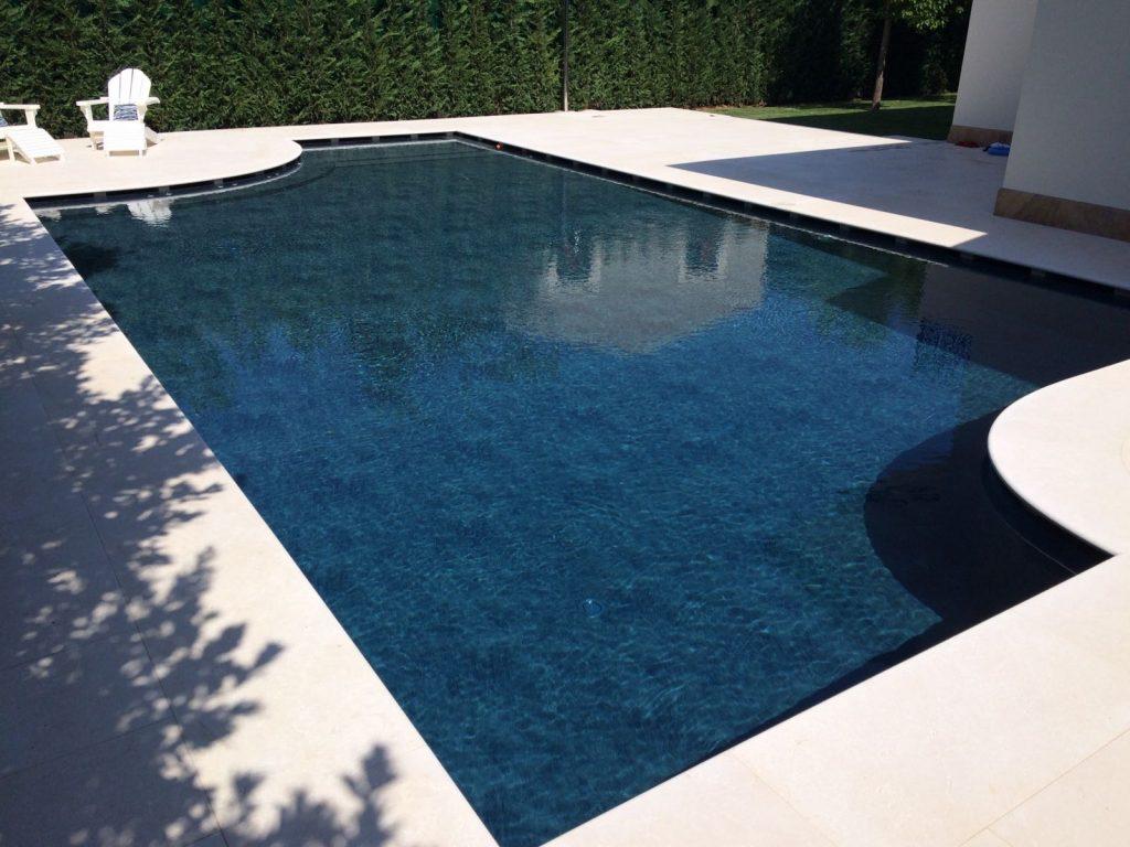 piscina a sfioro rivestimento touch alkorplan