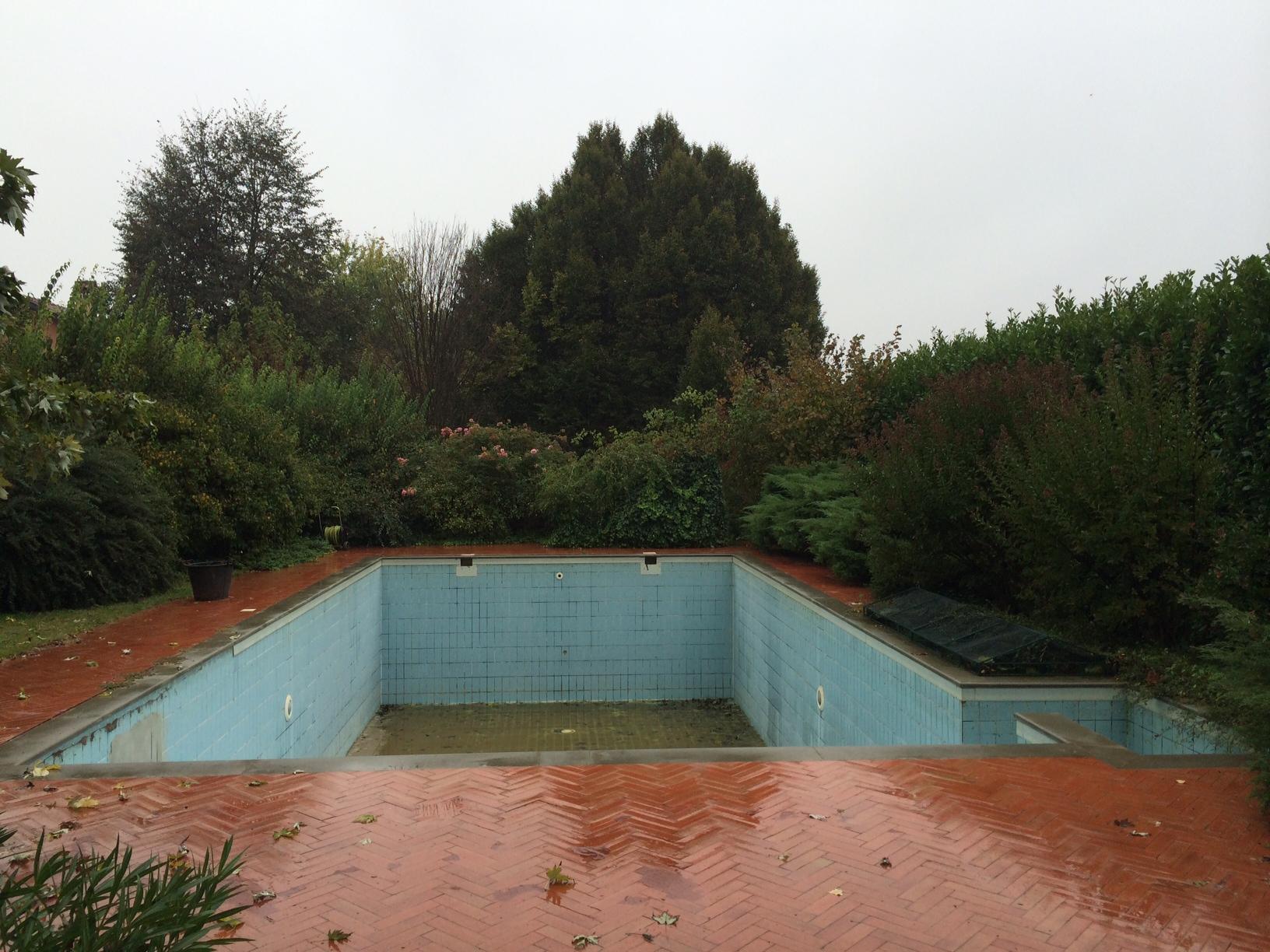 ristrutturazione piscina fase iniziale