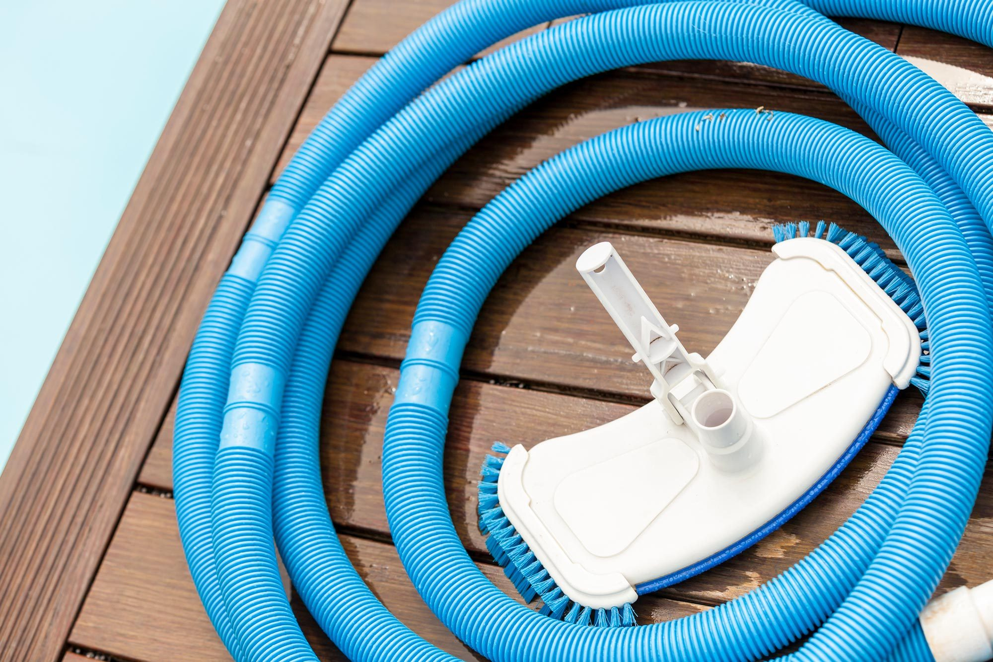 accessori per la pulizia quotidiana della piscina