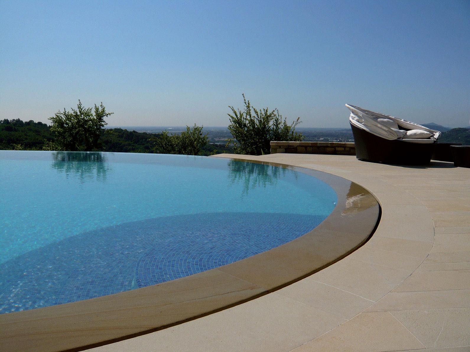 edilfare-piscine-sfioro2